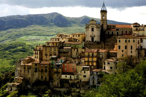 Саронно Италия
