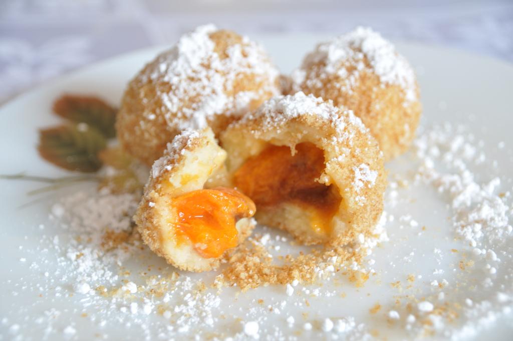 абрикосовые кнедлики