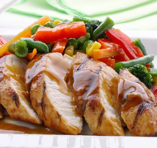 Запеченная курица с абрикосово-горчичным соусом