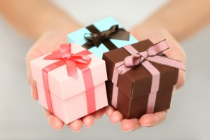 Гастрономические подарки женщинам на 8 Марта