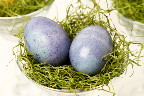 Natural-Dyed-Eggs-16