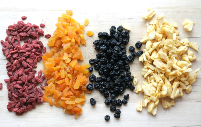 DIY-Instant-Oatmeal-Packets-Fruits-700x442
