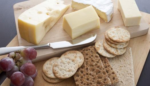 Сырная тарелка: правила сервировки