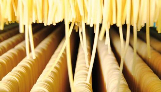 Как итальянцы производят пасту?