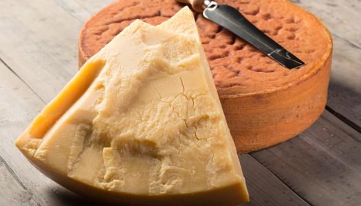 Три самых знаменитых швейцарских сыра
