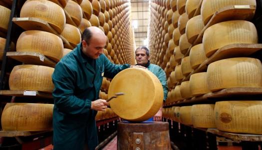 Молоточком по голове… как созревает сыр